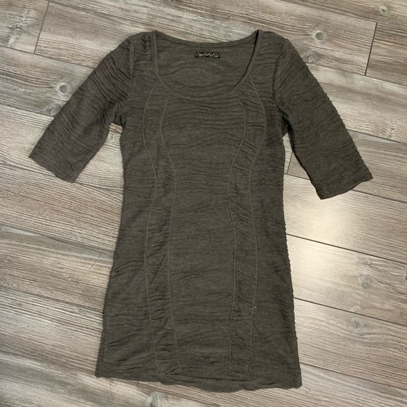QED London Tops - Gray tunic from Qed London. Size small.